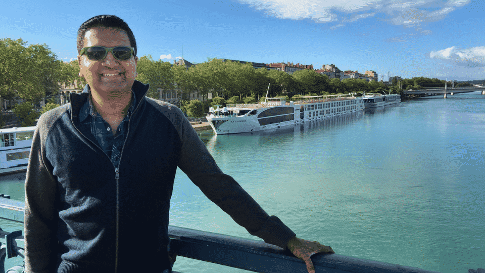 Dave Rodrigues left his corporate job in search of something more fulfilling. He found that fulfillment as a Cruise Planners franchise owner.